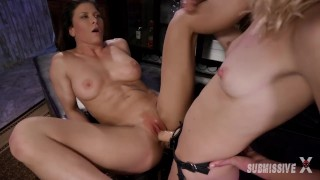 Mona Wales Gets Ariel X To Lick, Suck Her Feet Before Sucking And Fucking Her Strapon