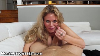 Titty Fucking My Blonde Step Mom's Big Tits Is The Best - MommyBlowsBest