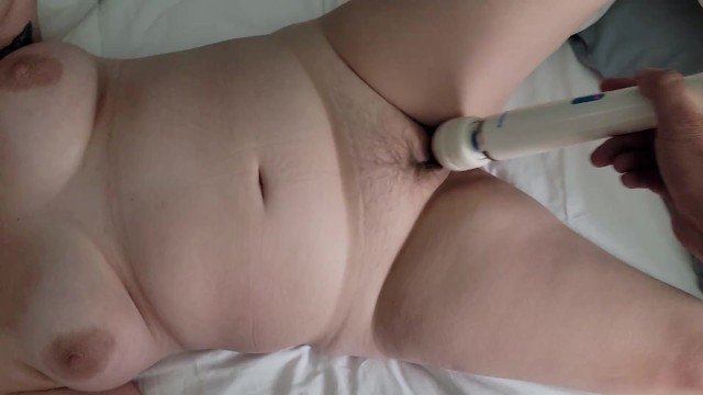 pussy cums with toys 16