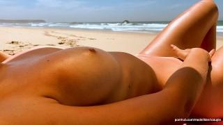 Risky public sex on the beach