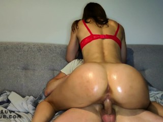 Amateur sexy 18 girlfriend with oiled to play...