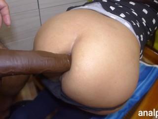 Beautiful latina enjoys orgasm...