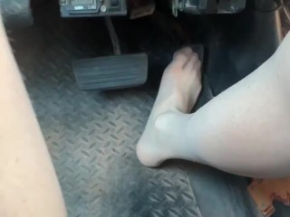 Cute sissy goes drive with nude stockings...
