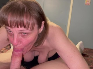 Mature cougar with saggy boobs sucking dick till...
