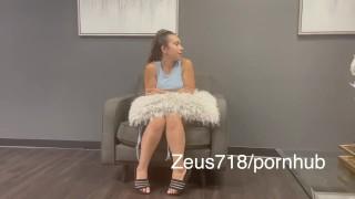 Láser depilation ending with amazing squirt orgasm… sugardady vs teen