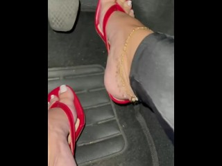 Pedal pumping cum for me...