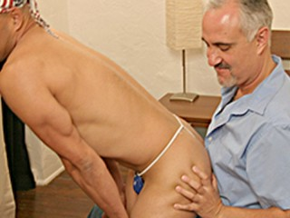 Amando gets worked over by jake cruise...