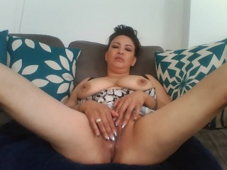 PLAYING WITH MY TIGHT WET PUSSY BEFORE MY DATE