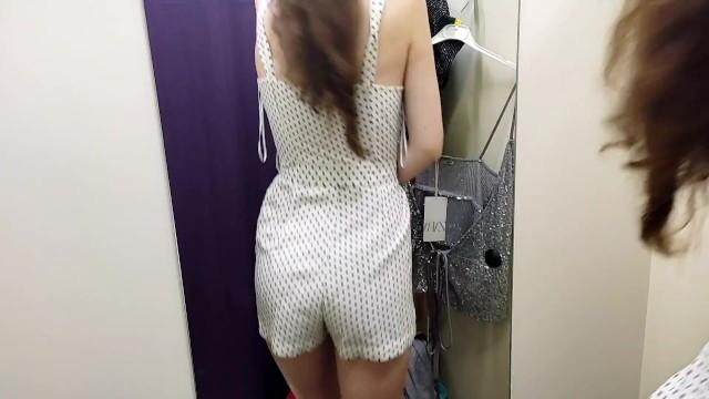 Экстремально опасная мастурбация на публике и сексуальные наряды в примерочной 10