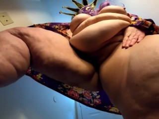 Ssbbw cellulite spread pussy smothering goddess katboodah compilation...