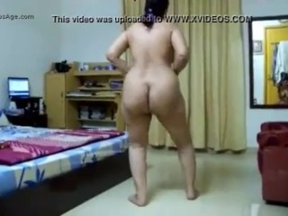 Chubby india american belly ass dance teasing husband...