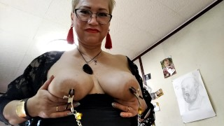 Nipple Clamps on Mature Milf Big Tits! Close-up sex and sperm flowing out of mom's pussy ...))