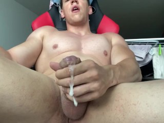 HUGE COCK CUMMING AND MOANING LOUD