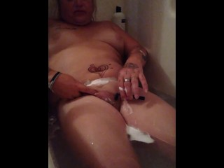 Shower and shave pussy...