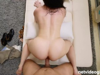 Big natural tits and a perfect body on this married girl who cheats on her husband during audition