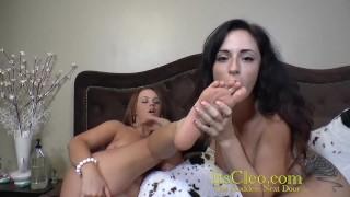 Cleo and Roxy Ray pussy loving lesbians!