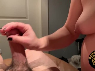 8 months pregnant girlfriend goes to town on this cock!