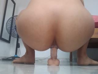 Way showing her ass cheeks bouncing...