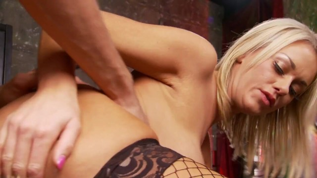 Two Hot Young Hardcore Blondies Having Foursome With Old Geezers 19