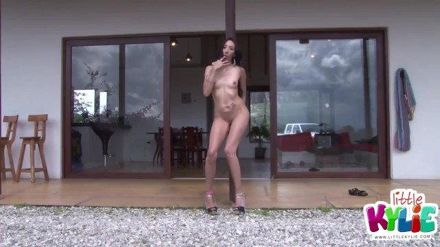 Little Kyle horny girlfriend show her yummy body and rubbing pussy