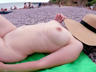 Summer day pee and sunbathed then jerked off...