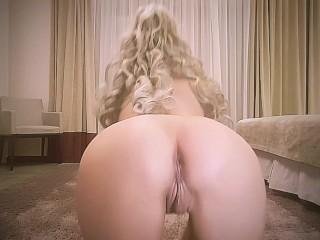 Horny crazy babe bubble sexy butt masturbates hotel...