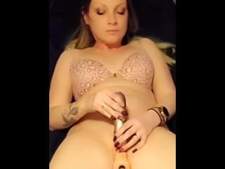 Horny wife fucks machine and cums hard
