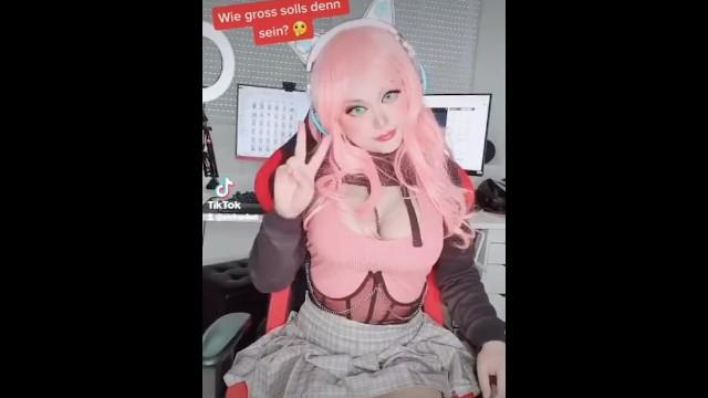 Pink Haired Egirl MMD Dance Short Mini Streamer girl Gamer Girl 18