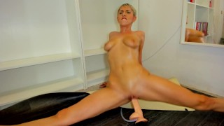 Pussy riding and splits riding