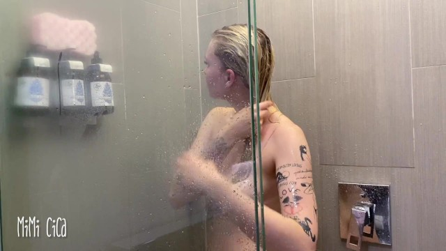 Soapy fun under the shower - Mimi Cica 14