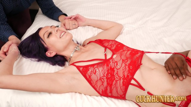 Skinny Beauty Trixie Squirts Takes Big Black Dick In Cuckold 15
