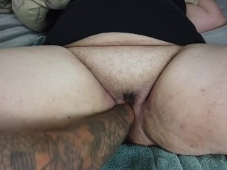 Squirting spreading pussy wide open deep fisting...
