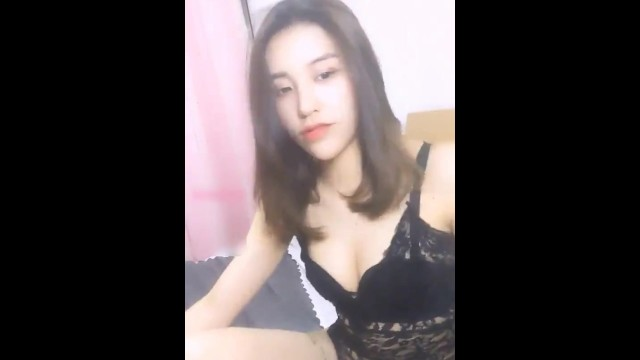 Temperament and beauty live sex with a booty boy 9