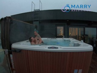 EATING MY HUSBANDS ASSHOLE FOR THE FIRST TIME IN THE HOT TUB