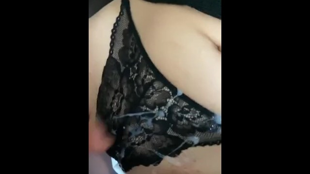 She made me cum on her panties 12