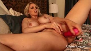 Mom Stuffs Her Muff! Julia Ann Fucks Her Dildo To Orgasm!