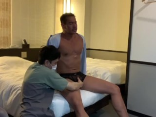 Star ryuji came to receive a massage suit...