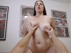 Sharing a Bed with My Hot Step Mom - Melanie Hicks
