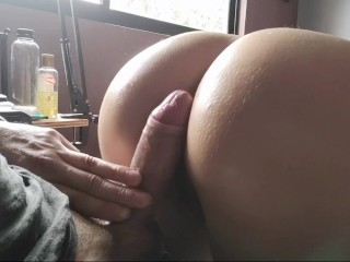 He came to study but ends up cumming...