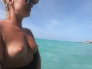 Nuotare nudo nelloceano atlantico 5...