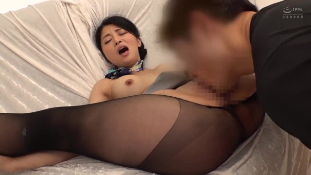 《エロ動画》流石現役CAさんのセックス姿はエロい『スタイルもルックスも萌える。。。』膣内にザーメン発射で超気持ちいいぃ!