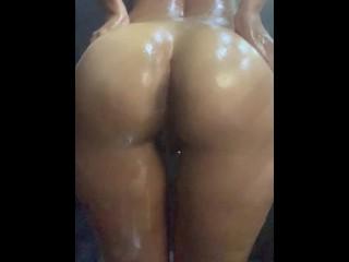 Blessed ass pov with big brunette ass twerking...