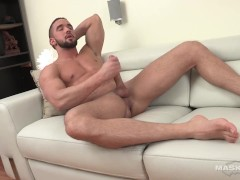Maskurbate - Muscle Hunk With Huge Cock Jerkoffs