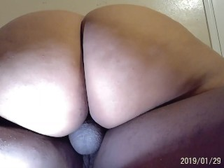 Thick and juicy pussi...