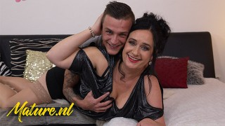 Curvy Step Mom Loves Playing With Her Stepsons Dick