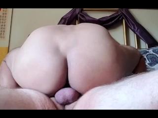 Rides thick white guys raw cock...
