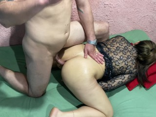 step-aunt falls in her mouth on hiscock and lets him put it in her hot ass until she comes