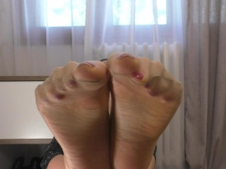 Nylon Soles and Toes tease up close