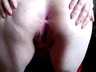 Milf and anal butt plug her tight russian...