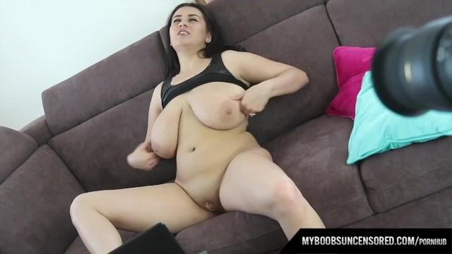 Behind Scenes of Busty babe Helen Star masturbate by Magic Wand